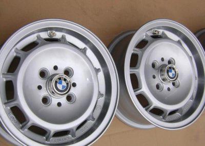 BMW 02 TURBO 2